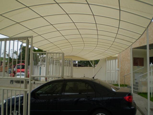 cobertura_fixa_ estacionamento_ em_lona_vinilica