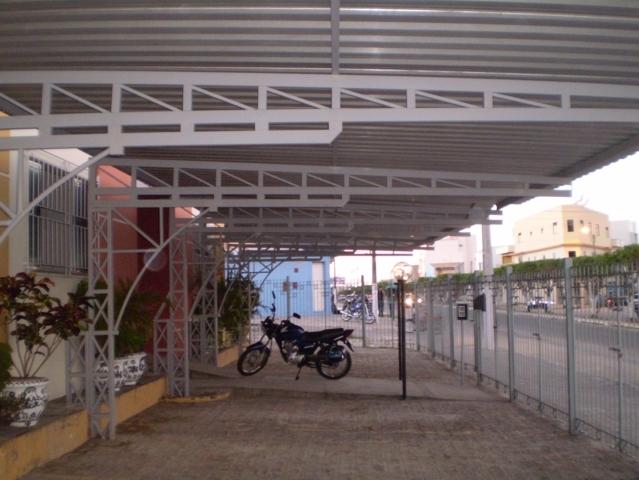 cobertura_fixa_ estacionamento_ interno