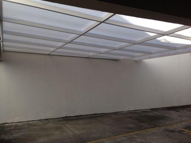 cobertura_fixa_para_estacionamento_em_policarbonato_I