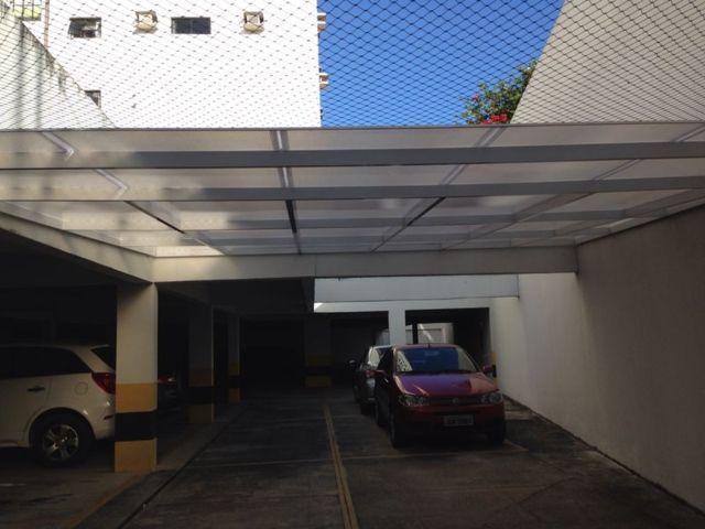 cobertura_fixa_para_estacionamento_em_policarbonato_II